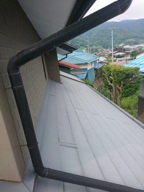 屋根の塗装をしました
